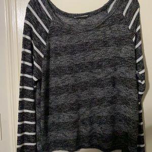 Maru Striped black and white Sweater
